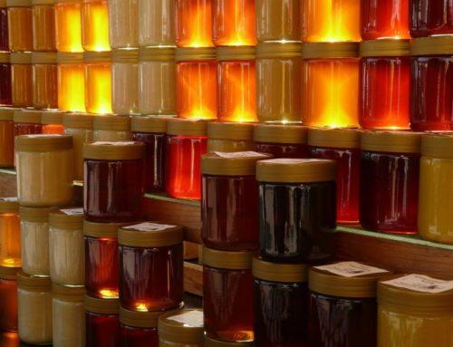 ¿Qué miel es mejor? La clara o la oscura